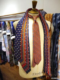 Tie And Pocket Square, Pocket Squares, Suit Fashion, Mens Fashion, Suit Shop, Neck Ties, Tie Styles, Trending Topics, Closets