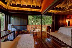 Lindo bangalô duplex, sala e cozinha integradas, suíte com Dois BANHEIROS, Muito charme e Conforto com linda Decoração e Serviço completo Para desfrutar Deliciosos di