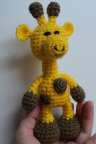 2000 Free Amigurumi Patterns: Crochet Little Bigfoot Giraffe