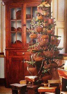 Love the basket tree. Wish I knew where this was from. It was obviously scanned from a book or magazine.