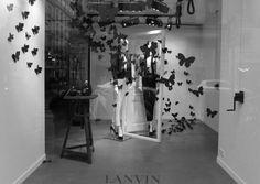 atak motyli Lanvin butterflies windows, Paris visual merchandising