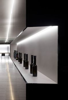 Under cabinet Lighting  Vegamar Seleccion Wine shop in Valencia by Fran Silvestre _
