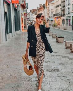 Women& clothing - Leopard maxi dress - About women - Outfits - Mode Outfits, Casual Outfits, Fashion Outfits, Fashion Trends, Dress Fashion, Casual Dresses, Fashion 2018, Look Fashion, Autumn Fashion