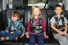 RideSafer Delight vest is a revolutionary, wearable child restraint for children 3 years and up; easy, safe, convenient and legal! Travel Car Seat, 4 Kids, Children, Winter Photos, Cool Fabric, Kids Backpacks, Happy Kids, Haircuts For Men, Travel With Kids