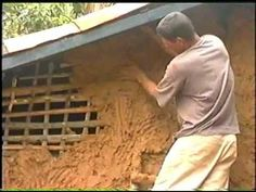 Spanish video on mudd-plastering a wood latice house with an adobe mix... and the website with more info:  http://moradadebarro.org/
