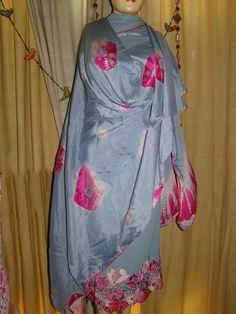 Hand Embroidered Pure Creap Suit in Grey Color with Pink Contrast