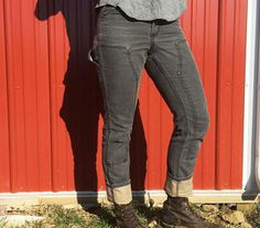 Carhartt Series 1889 Slim Double Front Dungarees http://www.rodalesorganiclife.com/home/serious-workwear-for-women-that-looks-seriously-cool/carhartt-series-1889-slim-double-front-dungarees