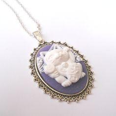 Lucky Cat Necklace in Purple, Maneki Neko Necklace, Purple Cat Cameo Necklace, Japanese Lucky Cat, Good Luck Necklace, Prosperity