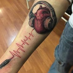 50 Heartbeat Tattoo Designs For Men - Electronic Pulse Ink Ideas, Tattoo, Heartbeat And Heart With Headphones Tattoo Guys Forearms. Music Tattoo Designs, Music Tattoos, Tattoo Designs For Women, Body Art Tattoos, Sleeve Tattoos, Dj Tattoo, Tattoo Video, Note Tattoo, Wild Tattoo