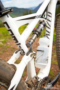 Fox's ctd rear shock gets the specialized autosag treatment, making it easy to set up: fox's ctd rear shock gets the specialized autosag tre...