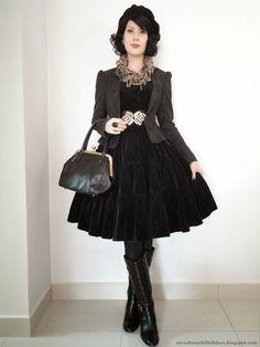 Harajuku Fashion, Japan Fashion, Lolita Fashion, Weird Fashion, Dark Fashion, Modest Fashion, Vintage Dresses, Vintage Outfits, Vintage Fashion