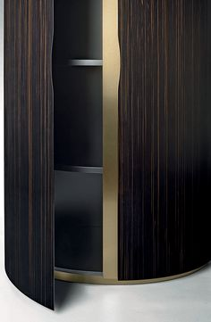 Asja cabinet detail by Fenid Casa, Luxury Living Group