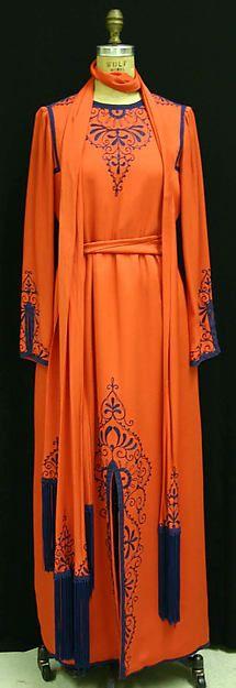 Evening dress Oscar de la Renta, Ltd. (American, founded 1965) Date: ca. 1970