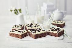 No Bake Desserts, Delicious Desserts, Finnish Recipes, Good Food, Yummy Food, Cake Bars, Sweet Pie, Something Sweet, Desert Recipes