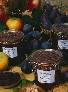 Recette de Chutney de figues Summer Recipes, New Recipes, Cooking Recipes, Healthy Recipes, Chutneys, Organic Cooking, Tapenade, Sweet And Salty, Pesto
