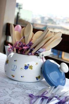 colher de pau / chá de panela
