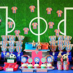 BARCELONA SOCCER PARTY PRINTABLE COLLECTION http://mimisdollhouse.com/product/barcelona-soccer-party-printable-collection/
