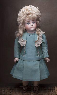 Ранний КЕСТНЕР с закрытым ртом, 1880е годы, 51 см - на сайте антикварных кукол.