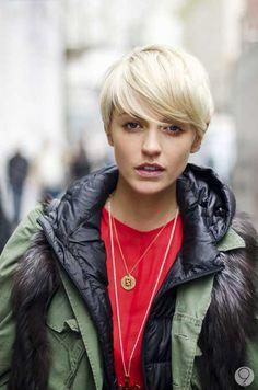 New-Short-Blonde-Hairstyles-12.jpg 450×680 pixels