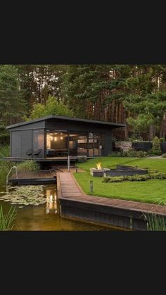 Container Home Designs, Container Homes, Small Cottage Designs, Haus Am See, House Of Beauty, Dream House Exterior, House Goals, Modern House Design, Modern Houses