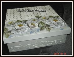 Discover thousands of images about decoupage box ideas ile ilgili görsel sonucu Decoupage Vintage, Decoupage Paper, Altered Cigar Boxes, Vintage Box, Keepsake Boxes, Painting On Wood, Art Decor, Diy And Crafts, Projects To Try