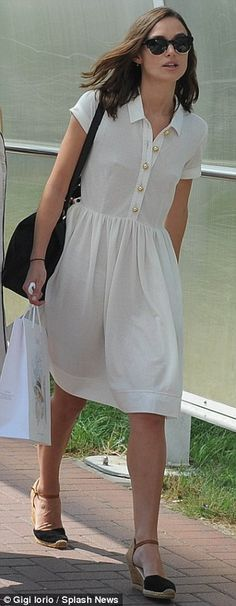 Keira looked effortlessly chic in a white short-sleeved shirt dress and espadrille wedges