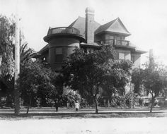 Jake and Lucy Neideraurer residence (circa 1890)  on the southeast corner of Truxtun Avenue & H Street, where the Bakersfield Police Department currently exists. Bakersfield, California.
