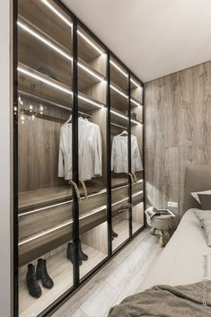 Looking for some fresh ideas to remodel your closet? Visit our gallery of leading best walk in closet design ideas and pictures. Walk In Closet Design, Bedroom Closet Design, Master Bedroom Closet, Best Wardrobe Designs, Closet Designs, Wardrobe Ideas, Luxury Wardrobe, Luxury Closet, Walking Closet Ideas