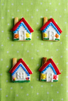 mini house cookies Mini Cookies, Cut Out Cookies, Cupcake Cookies, Sugar Cookies, Cupcakes, Christmas Gingerbread, Gingerbread Cookies, Christmas Cookies, Cookie House