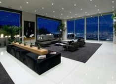 Große Fensterfronten Mit Balkon Schiebetüren | Haus:fenster ... Wohnzimmer Grose Fensterfront