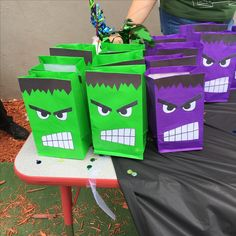 Hulk favors bags