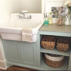 Love this laundry sink and green cabinets – Unique Farmhouse Sink Laundry Room Sink, Farmhouse Laundry Room, Farmhouse Sink Kitchen, Laundry Room Organization, Laundry Room Design, Kitchen Sink, Laundry Rooms, Modern Farmhouse, Basement Laundry