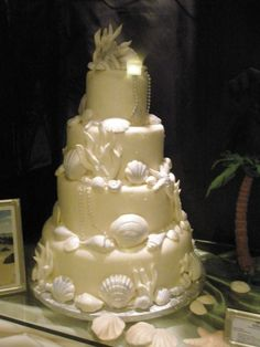 Saw this cake @ the Hilton on Clearwater beach 4 years ago and fell in love with it!