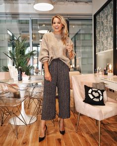 Put on my party pants for the absolute best night speaking on the panel for the book tour! LOVED meeting everyone that came… Business Outfits, Business Attire, Business Casual, Estilo Fashion, Korean Fashion, Fall Outfits, Fashion Outfits, Fashion Tips, Work Outfits