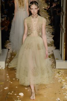Valentino Spring 2016 Couture- oh my gosh almost like you will find her fluttering around the garden