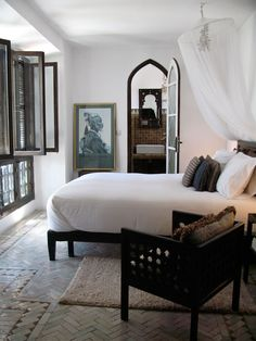 dark wood accents you don t necessarily need expensive furniture to create a british colonial atmosphere in your bedroom combine a minimalistic bed with a