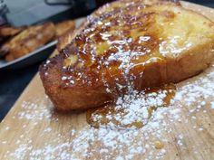 Αυγοφέτες (French toast) Breakfast Snacks, French Toast, Sweet, Food, Candy, Essen, Meals, Yemek, Eten