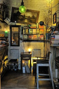 Eclectic Interior Inspiration, for some reason I like this, so interesting to look at.