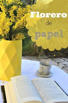 Jarrón origami o florero de papel / www.elenarte.es