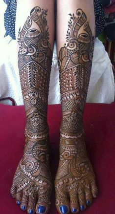 Henna Legs