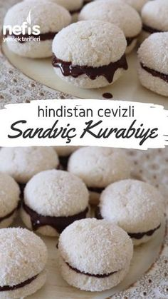 Hindistan Cevizli Sandviç Kurabiye (Raffaello Tadında) Tarifi nasıl yapılır… – Sandviç tarifi – Las recetas más prácticas y fáciles Dessert Simple, Cookie Sandwich, Sandwiches, Cake Recipes, Dessert Recipes, Tasty, Yummy Food, Delicious Recipes, Food Tasting