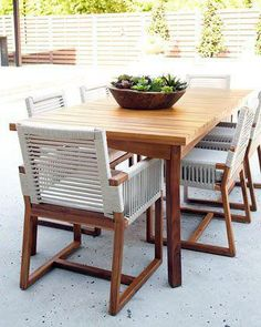 Different teak outdoor furniture boneo that look beautiful Outdoor Dining Furniture, Dining Table, Outdoor Living, Outdoor Dining Set, Outdoor Seating, Outdoor Spaces, Outdoor Decor, San Martin, Furniture Restoration
