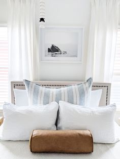 California casual guest bedroom reveal from The Identite Collective: a creative studio for interior designers specializing in branding, web design + content creation for lifestyle brands. Bright + airy bedroom design.