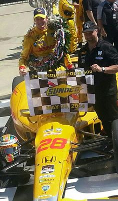 Congrats to Andretti Autosport! Indy 500 Winner, Mario Andretti, Indy Cars, Fast Cars, Nascar, Captain America, Indie, Racing, Fan