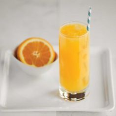 The Harvey Wallbanger cocktail is a sweet cocktail with vodka and fresh orange juice hailing from Los Angeles during the Post War 1945-1965 era.