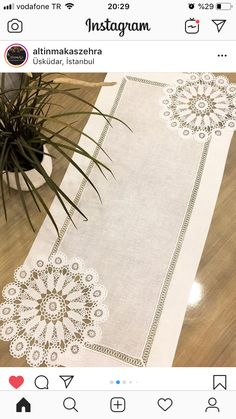 Crochet Tablecloth Pattern, Crochet Purse Patterns, Lace Patterns, Crochet Doilies, Hessian Table Runner, Patchwork Table Runner, Flower Embroidery Designs, Lace Embroidery, Yarn Crafts