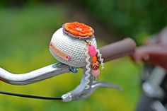 Crochet bike bell sleeve | Gehaakt fietsbelhoesje Jip by Jan