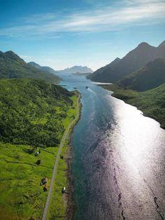Raftsundet, Vesterålen, Norway Lofoten, Land Of Midnight Sun, Beautiful Norway, Scandinavian Countries, Going On Holiday, Vacation Destinations, Amazing Nature, Adventure Travel, Beautiful Places