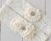 Cream Lace Garter Set