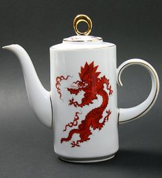 Meissner / jug Red Dragon **